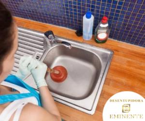 Como Desentupir Pia de Cozinha Muito Entupida